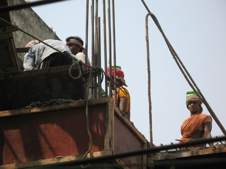 Labour Ministry opens mandatory online registration for workmen by employers